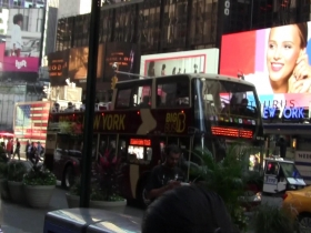 Hot-Summer-Day-At-Times-Square--3